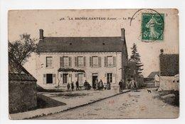 - CPA LA BROSSE-SANTEAU (45) - La Place 1911 (avec Personnages) - Edition L. L. 468 - - Francia