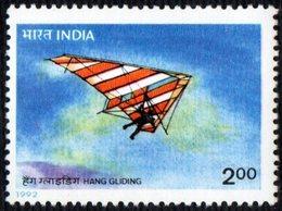 INDIA 1992 - ADVENTURE SPORTS - HANG GLIDING - MINT - Francobolli