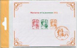 MARIANNE DE LA JEUNESSE 2013 Et LA Vème REPUBLIQUE AU FIL DU TIMBRE Y&T F4781 + BF133 - Neufs *** - Sous Blister - Neufs