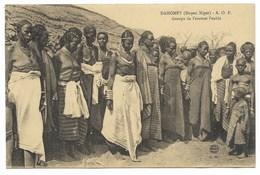 DAHOMEY (MOYEN-NIGER)-A.O.F.-Groupe De Femmes Peuhls...  Animé - Dahomey
