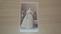 ANTICA FOTO CARTONATA FOTOGRAFO G.B. BRAIDA UDINE MISURA CM. 10,5  X 6 - Antiche (ante 1900)