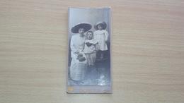 ANTICA FOTO CARTONATA MEDIA FOTOGRAFO MOROCUTTI TOLMEZZO DEDICA GUERRA DI LIBIA MISURA CM. 15  X 7,5 - Antiche (ante 1900)
