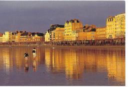 35 St Malo    Le Sillon  A Marée Basse  Animée - Saint Malo