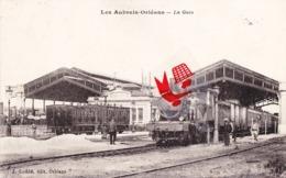 Les AUBRAIS-ORLEANS - La Gare Avec La Locomotive à Vapeur Au Quai - Orleans