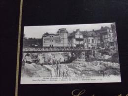 59344 . MAUBEUGE . BORDS DE LA SAMBRE . MAISONS BOMBARDEES . TRAVAUX DE RECONSTRUCTION DES ECLUSES . RUINES . LA GRANDE - Maubeuge
