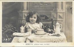 Série De 6 Cartes Postales.Jeune Fille Et Son Chien.Poupée Ancienne - Jeux Et Jouets