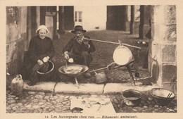 CPA - Couple De Rétameurs Ambulants - Auvergne - Artisanat