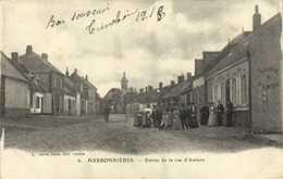 HARBONNIERES (Somme) Entrée De La Rue D'Amiens  RV - Other Municipalities