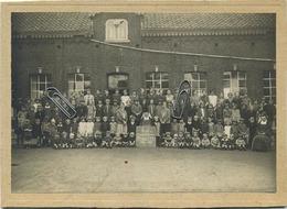 MONTIGNY-LE-TILLEUL : Ecole Du Religieuse Franascaines Mai 1928   (  17.5  X 12 Cm Sur  Carton ) - Places