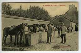 86 . CPA . CHATEAUROUX. Régiment Du TRAIN. 9em Escadron. 1ere Compagnie.  Beau Plan. - Regiments