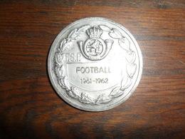 MEDAILLE  SPORTIVE  / FOOTBALL  F.S.P. - S.F.P.   1961- 1962 / DIAM 5 CM / 41 GR - Belgique