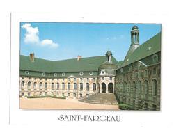 Saint Fargeau (89170) Le Chateau De Saint Fargeau ( XVe - XVIIe S ) La Cour D'honneur - Saint Fargeau