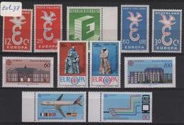 EUR 38 - Lot De 11 Timbres Europa Neufs** - Europa-CEPT