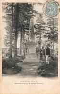 54 Thiaucourt Monument Erigé Par Le Souvenir Français Cpa Monument Aux Morts Guerre 1870 - France