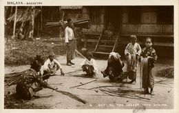 Malay Malaysia, Basketry, Cutting Leaves Into Strips (1920s) Tuck RPPC - Malaysia