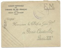 ENVELOPPE WW2 / FRANCHISE MILITAIRE / SNCF FRANCAIS REGION SUD OUEST POUR CHEF DE GARE AUSTERLITZ - Marcofilie (Brieven)