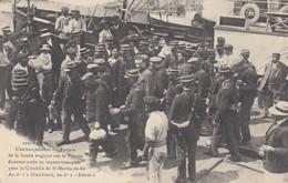 LA ROCHELLE: L'embarquement Des Forçats De La Bande Tragique Sur Le Ponton - La Rochelle