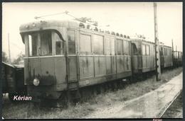 Photo Cartonnée - Tramways De L'Ain (T.A) - 3 Tramways Désaffectés - Voir 2 Scans - Trains