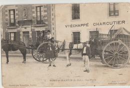Pont-Saint-Martin  44   La Place Et La Rue Bien Animée-devant Charcutier-Victor Echappé 2 Attelages-Chevaux- - Frankrijk