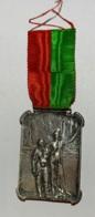 Médaille. L. Van Struydonck.  Ville De Bruxelles. Service Du Gaz. 20 Années De Service 1880 - 1900. 35x25mm - Professionnels / De Société