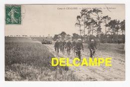 DD / MILITARIA / CASERNES ET CAMPS / CAMP DE CHALONS : INFANTERIE EN MARCHE , LES ÉCLAIREURS / 1907 - Casernes