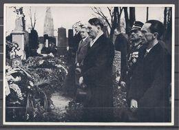 Deutschland Erwacht Sammelwerk Nr. 8: Sammelbild Nr. 120, Gruppe 33, Adolf Hitler Und Dr. Göbbels - Cigarette Cards