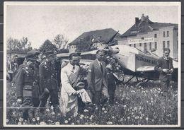 Deutschland Erwacht Sammelwerk Nr. 8: Sammelbild Nr. 169, Gruppe 33, Dr. Goebbels Auf Dem Königsberger Flugplatz - Cigarette Cards