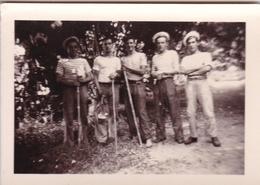 PHOTO ORIGINALE 39 / 45 WW2 MARINE FRANÇAISE SALINS TOULON 1941 LES MARINS FRANCAIS EN SORTIE - Guerre, Militaire