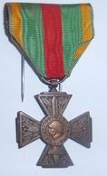 Médaille COMBATTANT VOLONTAIRE  1914 1918  / Poilu / WW1 / 14-18 - France