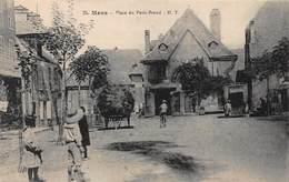 CPA Mens - Place Du Petit-Breuil H.T - Mens