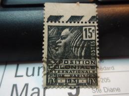 Timbre : EXPOSITION COLONIALE INTERNATIONALE DE PARIS 1931. Avec Bande. 15 C - France