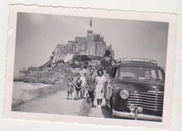 27266 Photo Mont Saint Michel 50 France -voiture Ancienne Taxi -1952 Enfant Famille RIALLAND - Automobiles