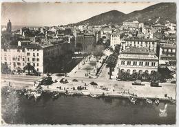 CORSE CPSM Dentelée  AJACCIO - Place Du Maréchal Foch Et L' Hotel De Ville - Ajaccio