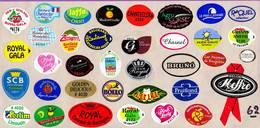Etiquettes De Fruits °_ Toutes Différentes Sur Papier Siliconé-feuillet N° 62 - Fruits Et Légumes