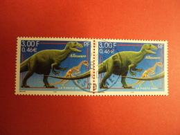 """2000-2009- Oblitéré N°   3334  """"  Allosaure""""     La Paire   Net   1  Photo   1 - France"""