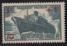 Y&T N° 502 Paquebot Pasteur Surchargé - France