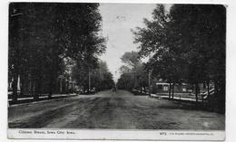 (RECTO / VERSO) IOWA CITY EN 1910 - CLINTON STREET - N° 493 - BEAU CACHET ET TIMBRE - CPA VOYAGEE - Iowa City