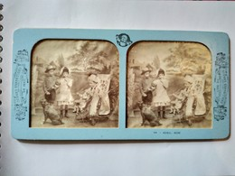 PHOTO STÉRÉO TISSU SECOND EMPIRE - Scènes Enfantines - Enfants - Poupée - Chien - Ed. B.K. Paris. Superbe - Stereoscoop