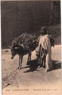SCENES ET TYPES-MARCHANDE DE BOIS MORT - Maroc