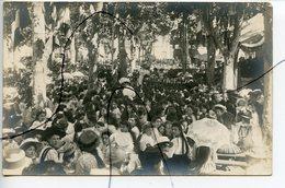 CARTE PHOTO Ancienne A Identifiée. CPA. La Fête Au Village - Photographs