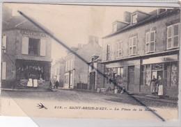 Saint Benin D'Azy (58) La Place De La Mairie Et Ses Commerces - Unclassified