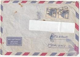 Berkanes Marokkanischer Stempel Von Berkane Auf 2 Deutschen Briefmarken Luftpost Verschickt. Durchschnittlicher Zustand - Errori Sui Francobolli