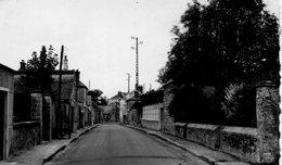 Auvers-Saint-Georges La Grande Rue - France