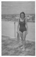 PIN UP MAILLOT DE BAIN  EN 1963 CAMBODGE BD MONIVONG PHNOM PENH - Pin-up