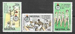 Nigeria N° 422/24 YVERT NEUF ** - Nigeria (1961-...)