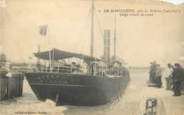 Dép 44 - Bateaux - Le Pellerin - La Martinière - Cargo Sortant Du Canal - 2 Scans - état - France
