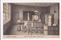 CP 08 SEDAN College Turenne Section Industrielle Salle De Dessin - Sedan