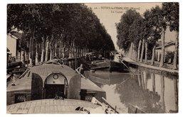 CPA Vitry Le François 51 Marne Le Canal Péniches Se Croisant Petite Animation éditeur JB N°49 - Vitry-le-François