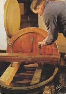 COGNAC   -   VUE FILMEE Chez MARTELL & Cie à Cognac  -   Editeur : CHATAGNEAU  N° 3 - Cognac