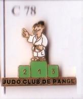C78 Pin's JUDO PANGE MOSELLE PODIUM VERT Achat Immédiat - Judo